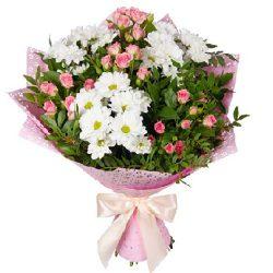 """Букет """"Маячок"""" кустовые розы и хризантемы"""