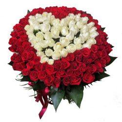 Сердце 101 роза белая, красная букет