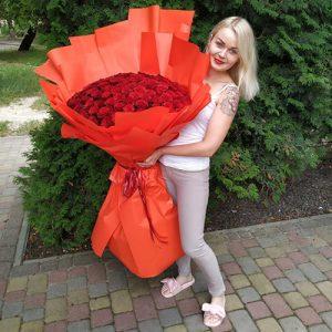 купить 101 метровую розу в Киеве